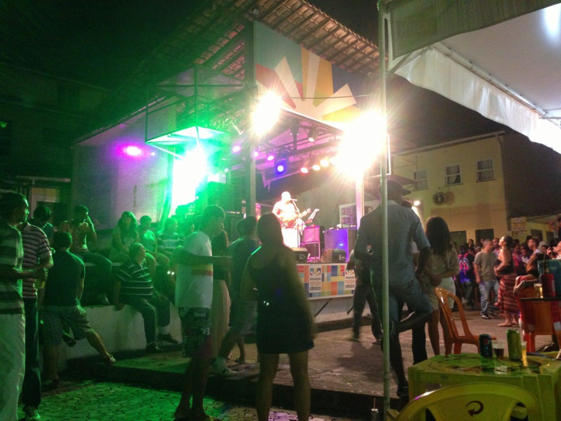 Largos do Pelourinho recebem forró e samba no Dia das Mães