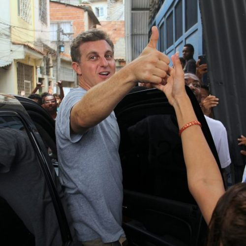 Paraná Pesquisas: 60,4% não querem entrada de Luciano Huck na política