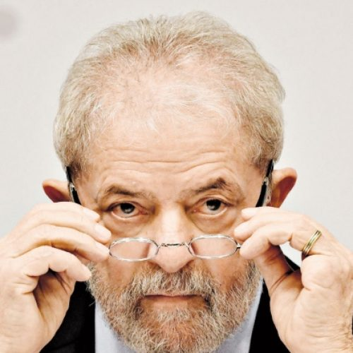 Lula ficou irritado com exigências do PMDB para apoiar Dilma, diz marqueteiro