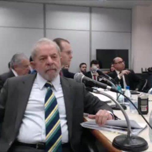 Lula se contradiz sobre relação de Vaccari com Duque