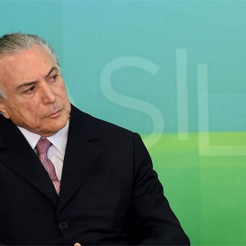 Michel Temer assina MP que cria novo Refis