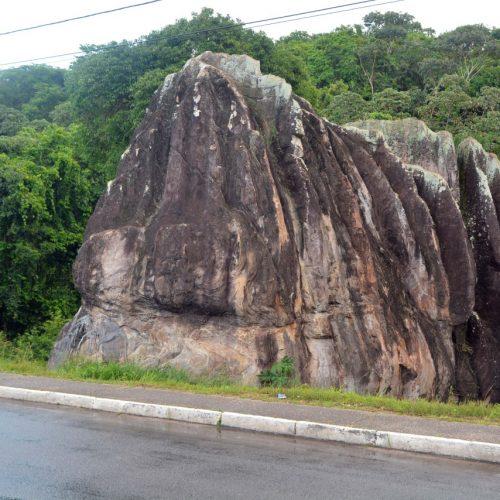 Prefeitura faz tombamento da Pedra de Xangô nesta quinta