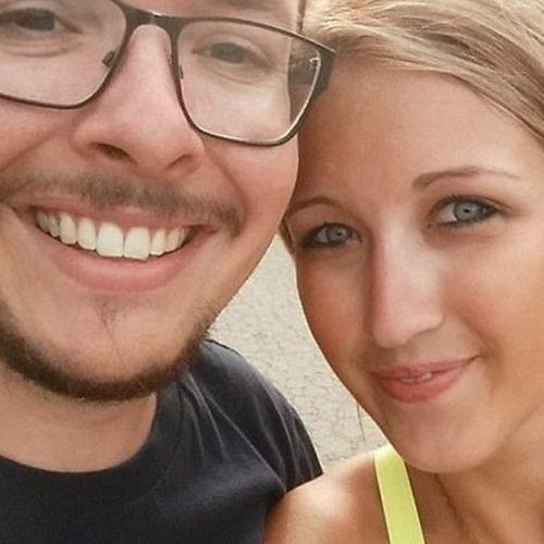 Professora faz sexo com aluno após o marido dela embebedá-lo