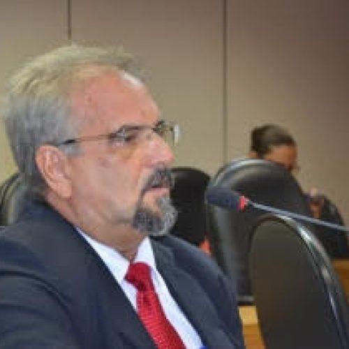 Projeto do PSDB legaliza escravidão no Brasil, denuncia Galo