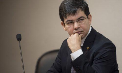 Oposição no Senado já admite eleição indireta para eventual sucessão de Temer