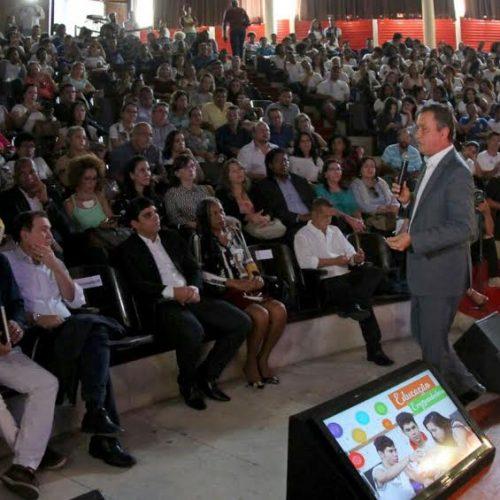 Rui lança projeto Educação Empreendedora para capacitar 50 mil jovens