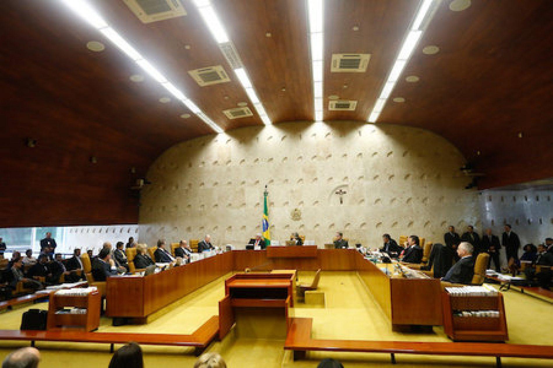 STF recebe decisão da Câmara que rejeitou denúncia contra Temer