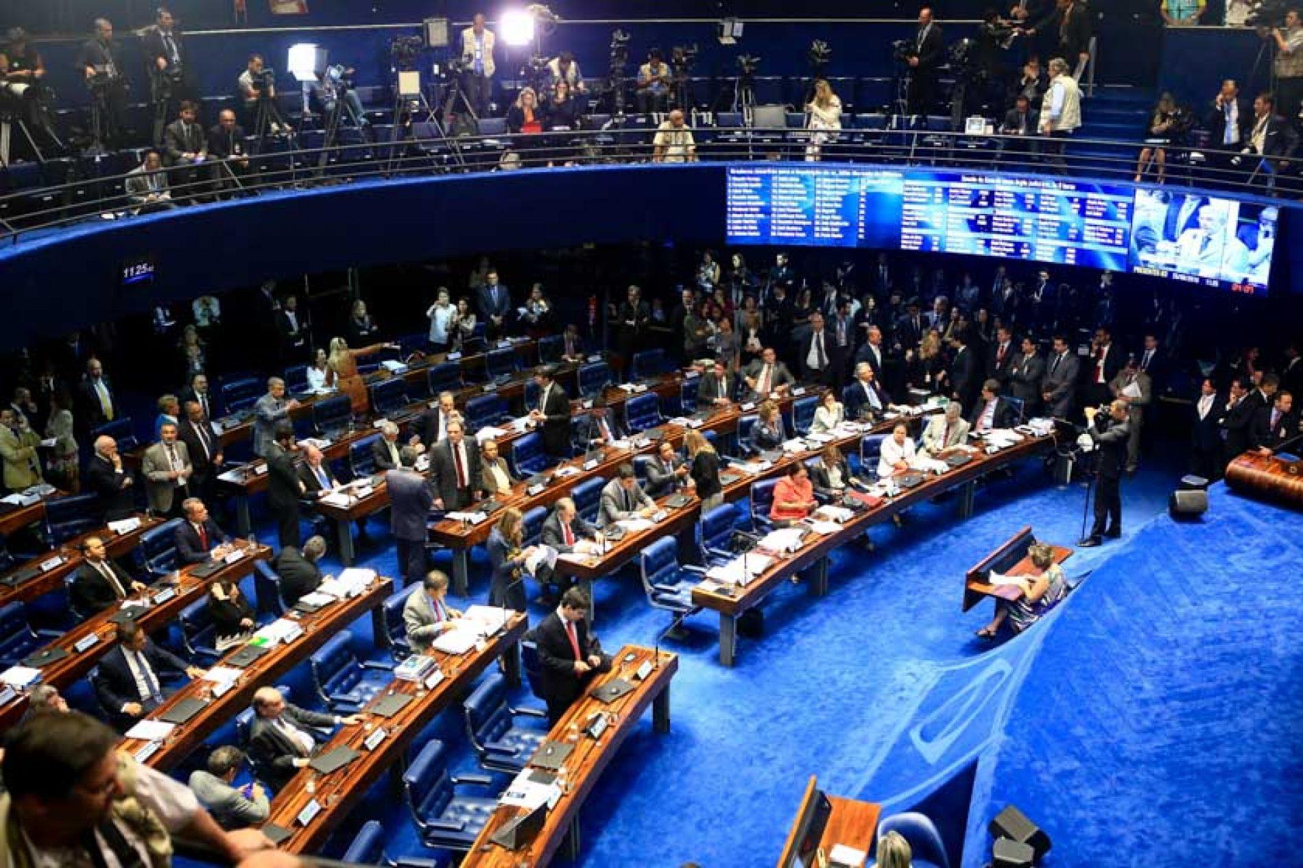 Senado aprova projeto que cria comitês de transição de governo