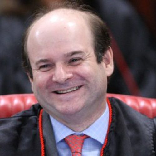 Tarcísio Vieira toma posse como ministro do TSE