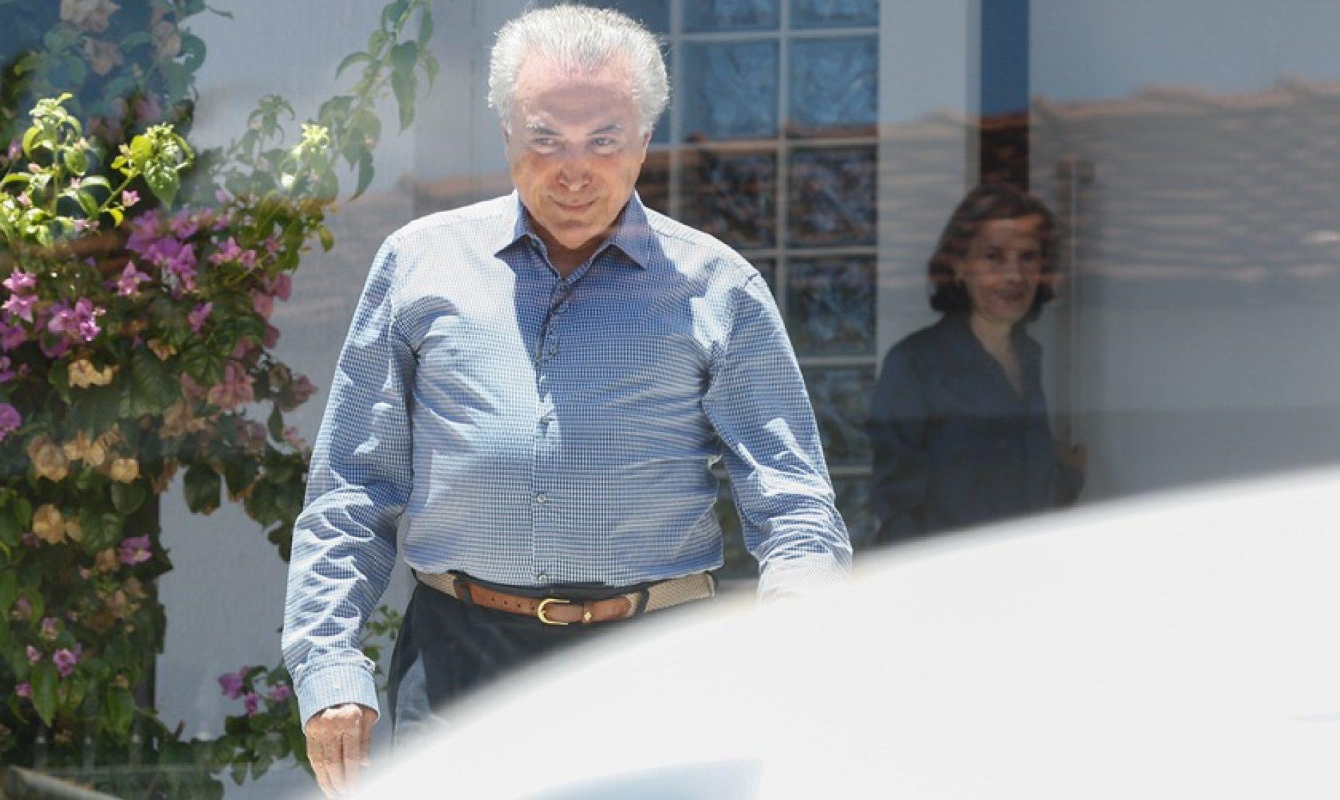 Temer desiste do pedido para suspender inquérito contra ele no STF