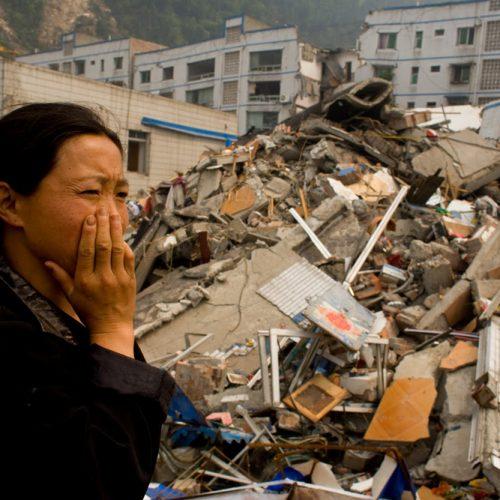Terremoto de 5,5 graus mata 8 e deixa 23 feridos na China