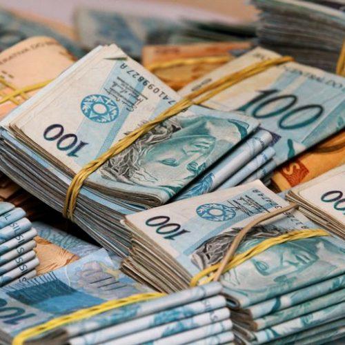 União paga R$ 270,03 milhões em garantias de Estados e municípios em abril