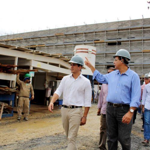 Vereadores realizam inspeção das obras do Hospital Municipal de Salvador