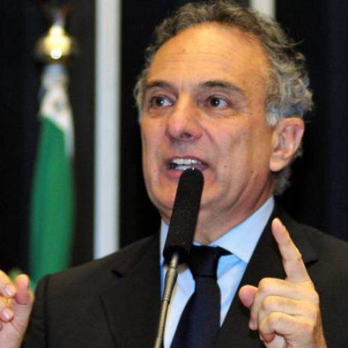 Deputados do PSDB defendem entrega de ministérios em caso de áudio confirmado