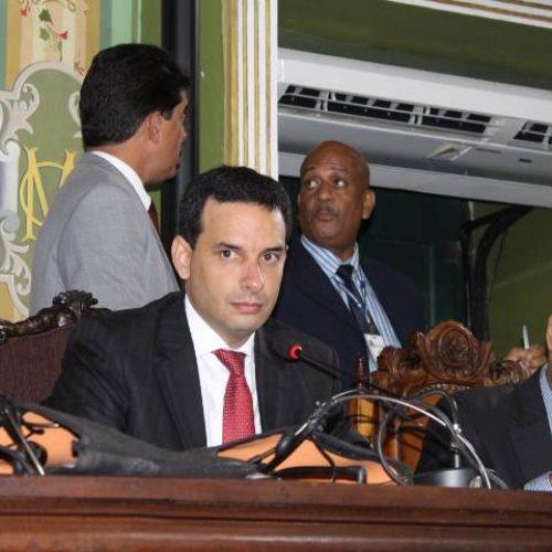 """Leo Prates defende """"absoluta legalidade"""" na tramitação do Revitalizar"""