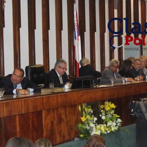 Deputados estaduais falam sobre Dia do Parlamentar; assista
