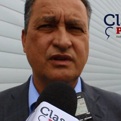 """""""Quem muito abraça, pouco aperta"""" dispara Rui Costa após questionado se deseja ser candidato a presidência; assista"""