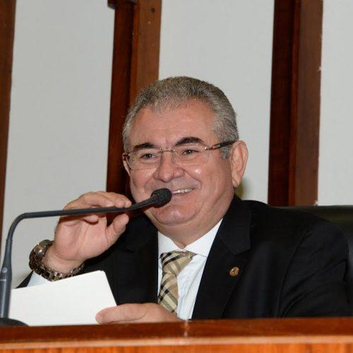Angelo Coronel anuncia antecipação do pagamento de salários do funcionalismo da Assembleia Legislativa