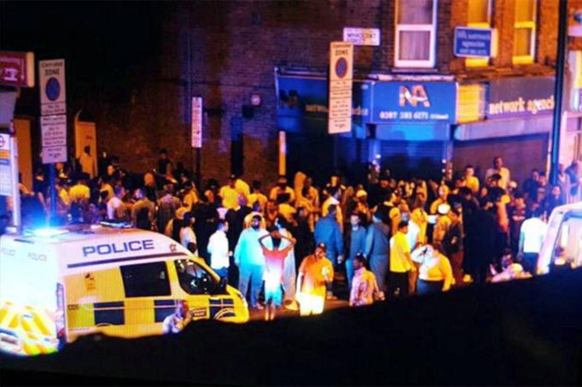 Atropelamento em Londres deixa um morto e dez feridos