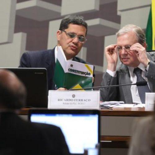 Comissão do Senado conclui votação da reforma trabalhista sem alterações