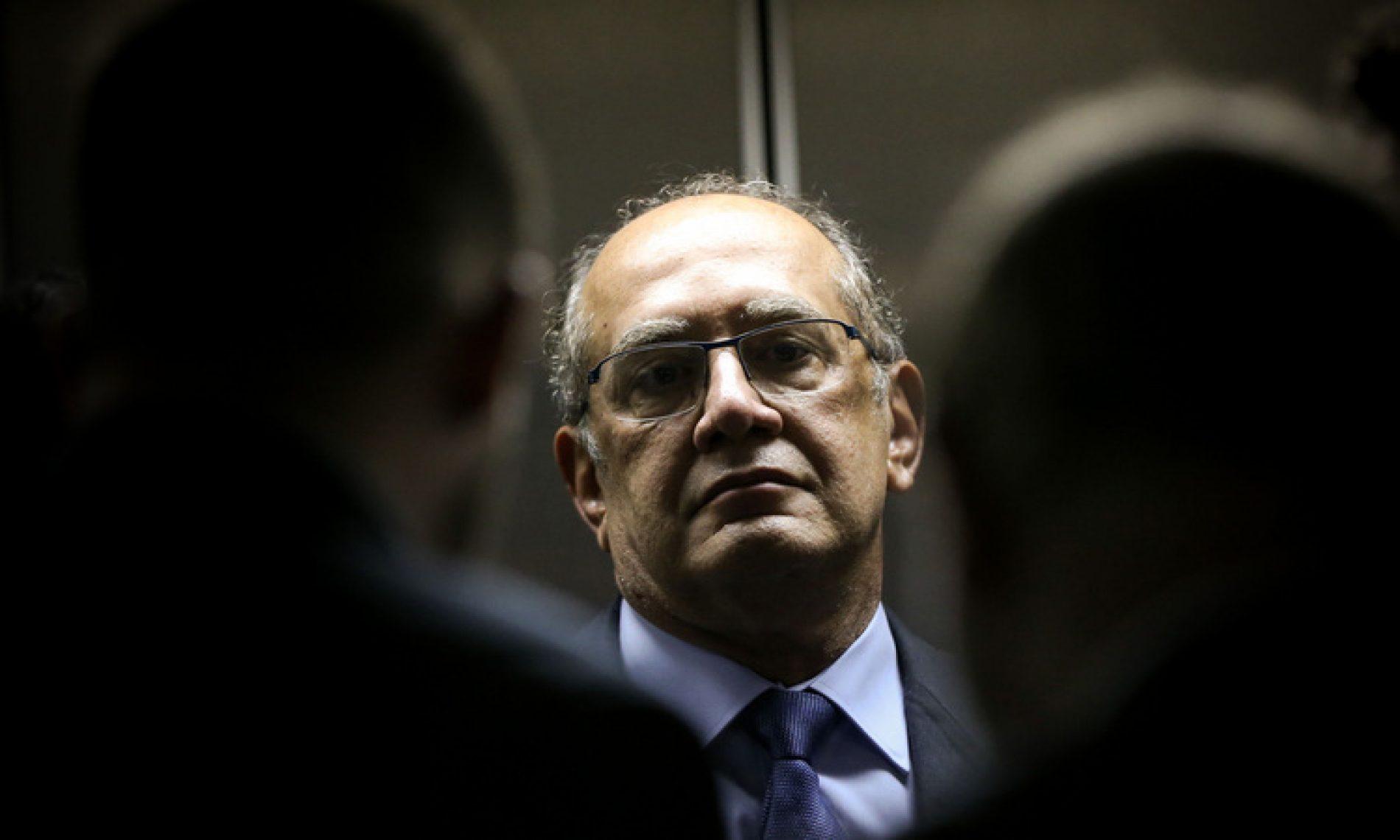 Não podemos substituir políticos por funcionários públicos, diz Gilmar Mendes