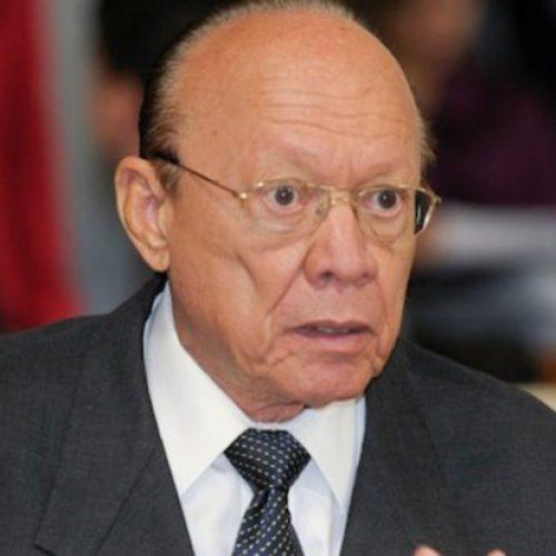 Presidente do Conselho de Ética é internado logo após recurso no caso Aécio