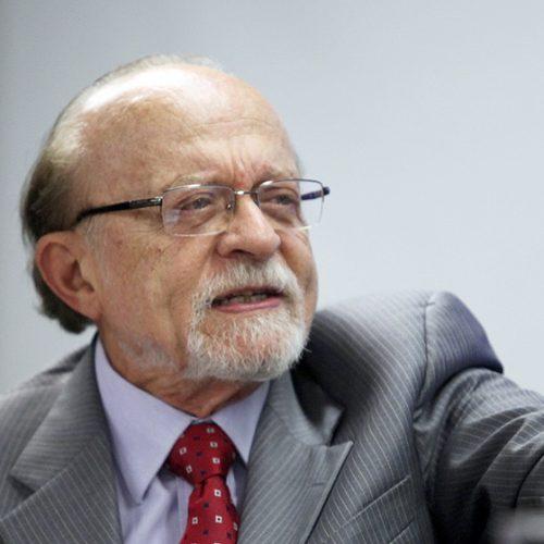 PSDB deve definir apoio ao governo antes de parecer na CCJ
