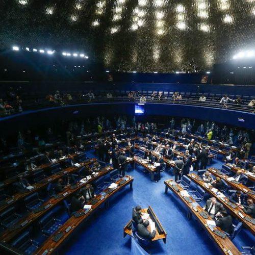 Senadores da oposição cobram adiamento da votação da reforma trabalhista