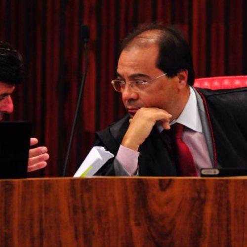 Procurador no TSE deve recorrer de absolvição da chapa Dilma-Temer