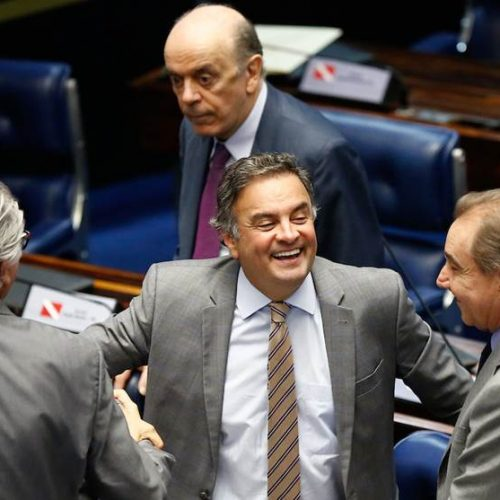 Senado: presidente do Conselho de Ética arquiva processo contra Aécio
