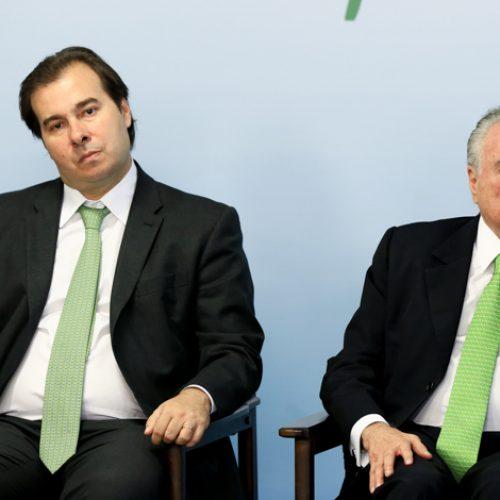 """Aliados de Maia afirmam que desconfiança do Planalto é """"injusta"""""""