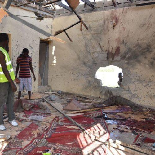 Atentado suicida em mesquita mata 10 pessoas na Nigéria