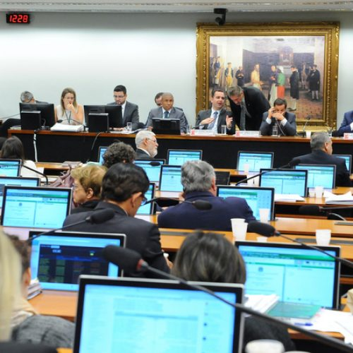 CCJ da Câmara rejeita parecer pela admissibilidade da denúncia contra Michel Temer
