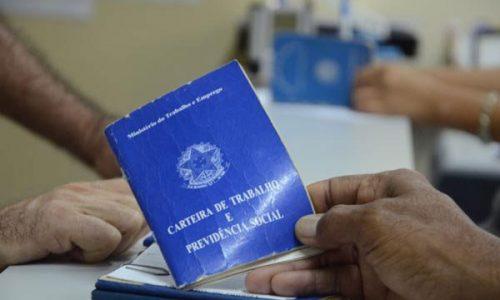 Cai desemprego no país, que fica em 13% , diz IBGE