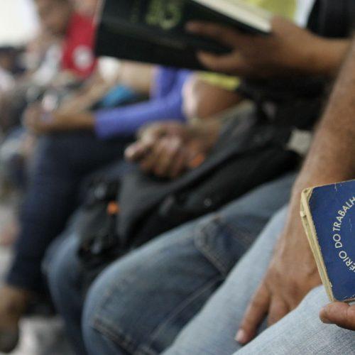 Cai desemprego, revela IBGE; mas País ainda tem 12,7 milhões desempregados