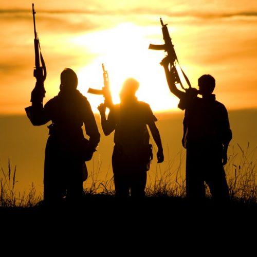 Jovem conta o terror de ter sido escrava sexual do Estado Islâmico