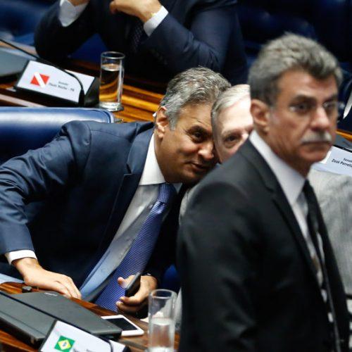 Ministério da Ciência e Tecnologia cobra R$ 20 milhões de Aécio