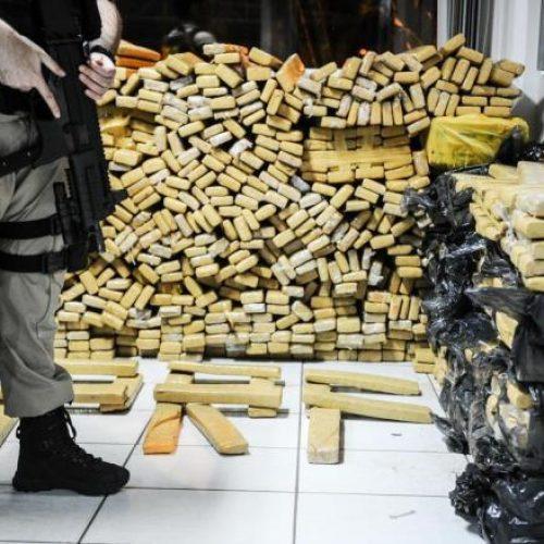 Operação em Salvador faz apreensão recorde de 4 toneladas de maconha prensada