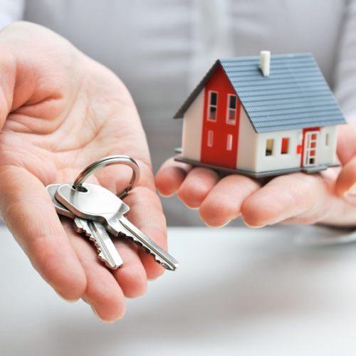 Preço médio do aluguel sobe 0,47% no semestre, mas cai 1% em um ano