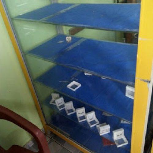 Ibirataia: Relojoaria é arrombada e comerciante calcula prejuízo de R$ 10 mil