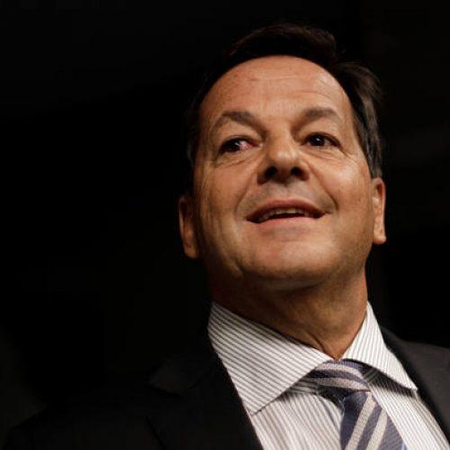 Zveiter diz que vai apresentar relatório 'predominantemente jurídico' na CCJ