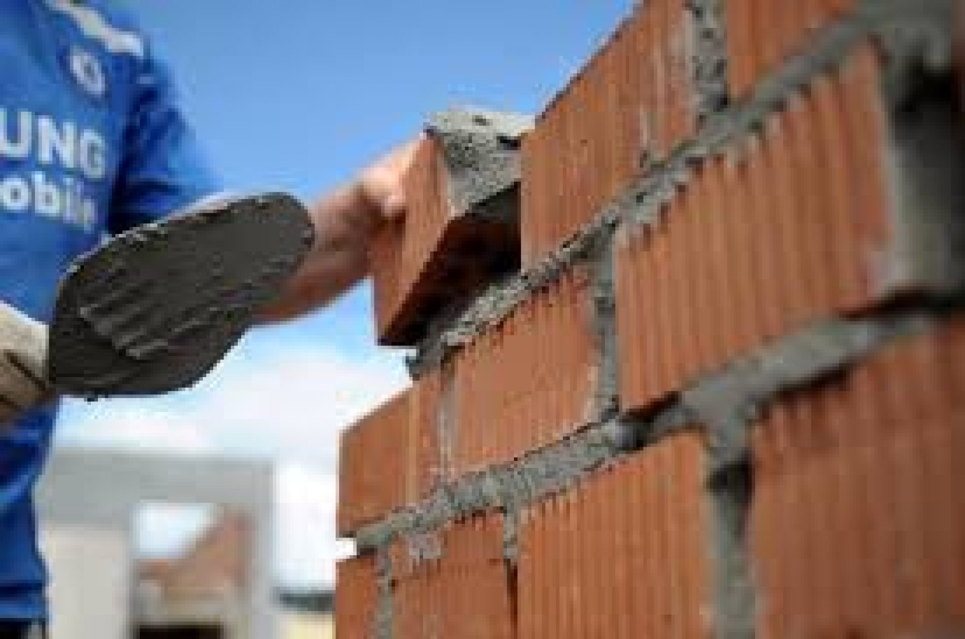 Custo da construção sobe 0,27% em setembro, diz IBGE