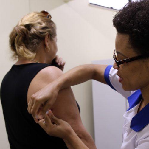 Salvador recebe intensificação de vacinação contra febre amarela