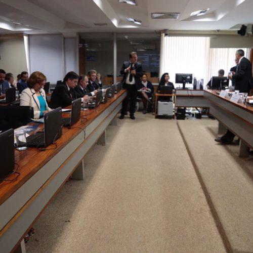 Lídice cobra de ministro garantias para programa de revitalização do Velho Chico