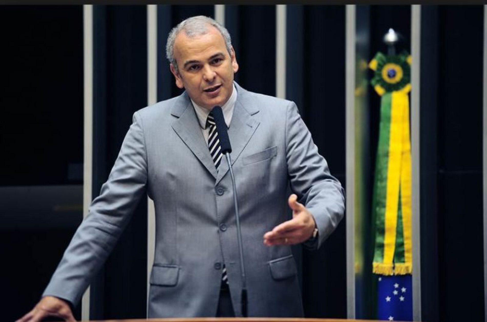 Deputado quer CPI para investigar extinção da reserva na Amazônia