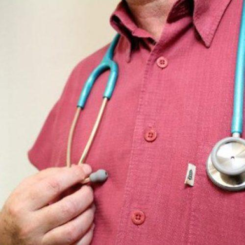 Inscrições para exame de revalidação de diplomas médicos terminam amanhã