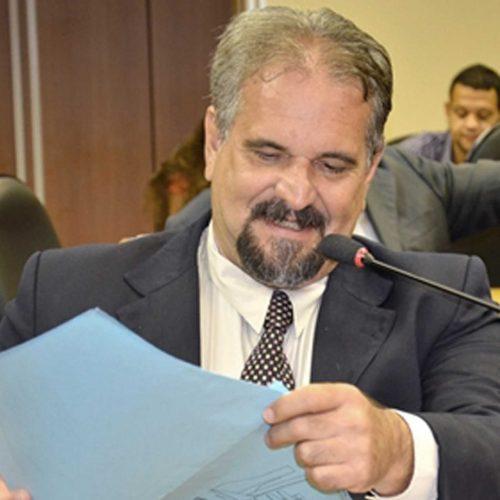Marcelino Galo propõe Dia em Defesa da Autonomia Universitária
