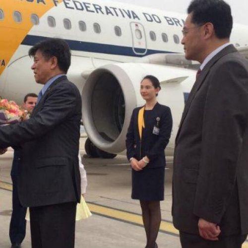 """Na China, Temer diz que não se pode """"manter o silêncio"""" sobre suspeição de Janot"""