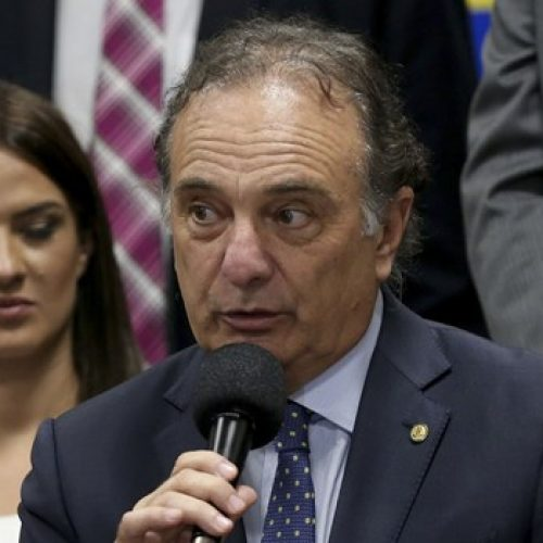 PSDB vai orientar bancada a votar a favor de denúncia contra Temer