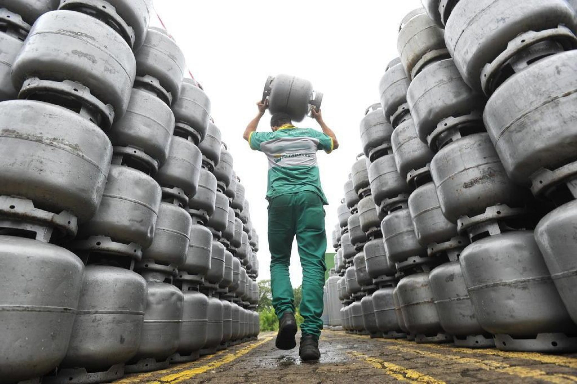 Petrobras reduz o preço do gás de cozinha para as distribuidoras